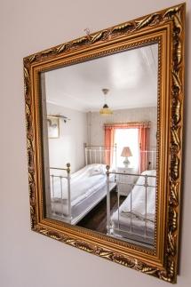 Room2_8